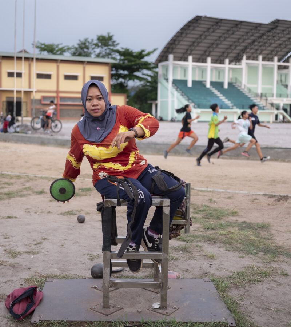 Photo credit; Angus Stewart. Image; Rusmiyati, discus thrower & member of National Paralympic Committee Chapter Banjarmasin, Indonesia